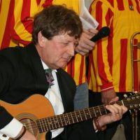 Gastjurylid tijdens 50ste Dweilbandfestival is Jan Jimkes.