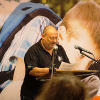 Bergse schrijver behaalt Berregs jubileum en heeft een prijsvraag voor z'n lezers